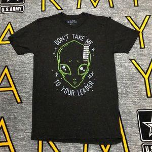 Hot Topic Alien T-Shirt! LG